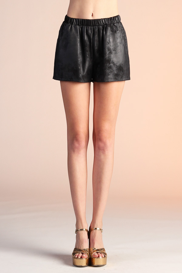 Textured Coated Shorts P-3898