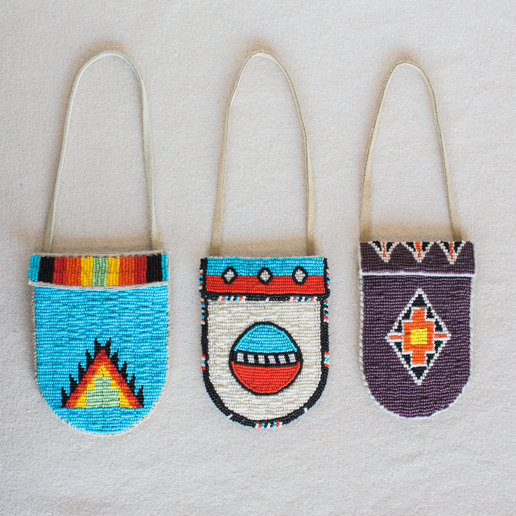 Vintage : Native American Beaded Medicine Bags