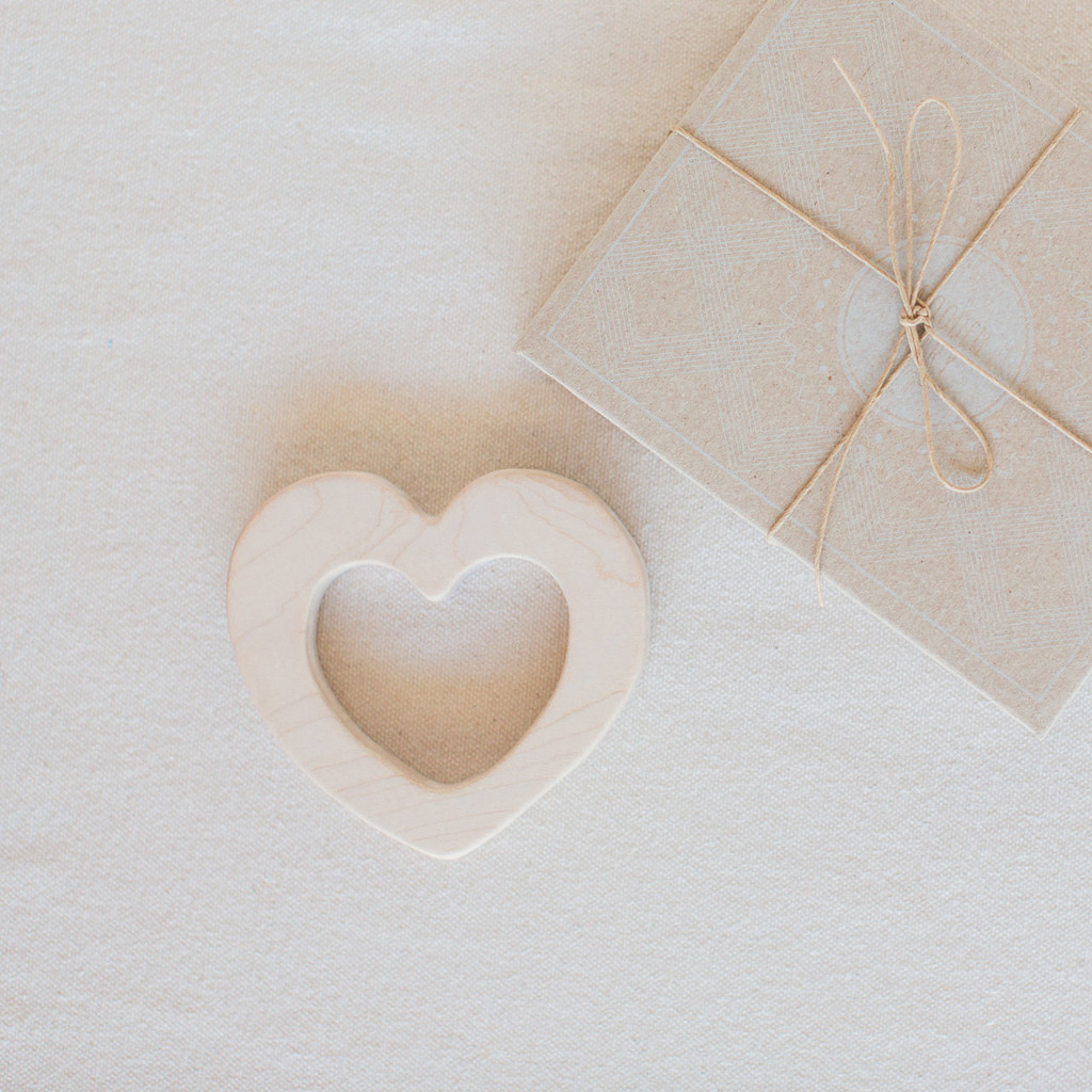 Wooden Story : Love Teether