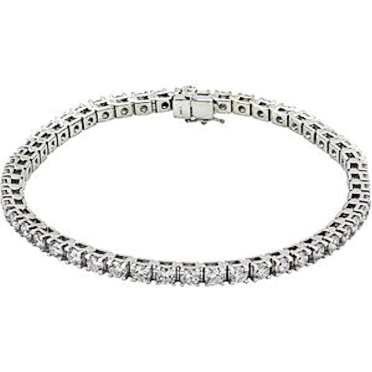 14Kt White Gold 5.0 ct tw Diamond Tennis Bracelet