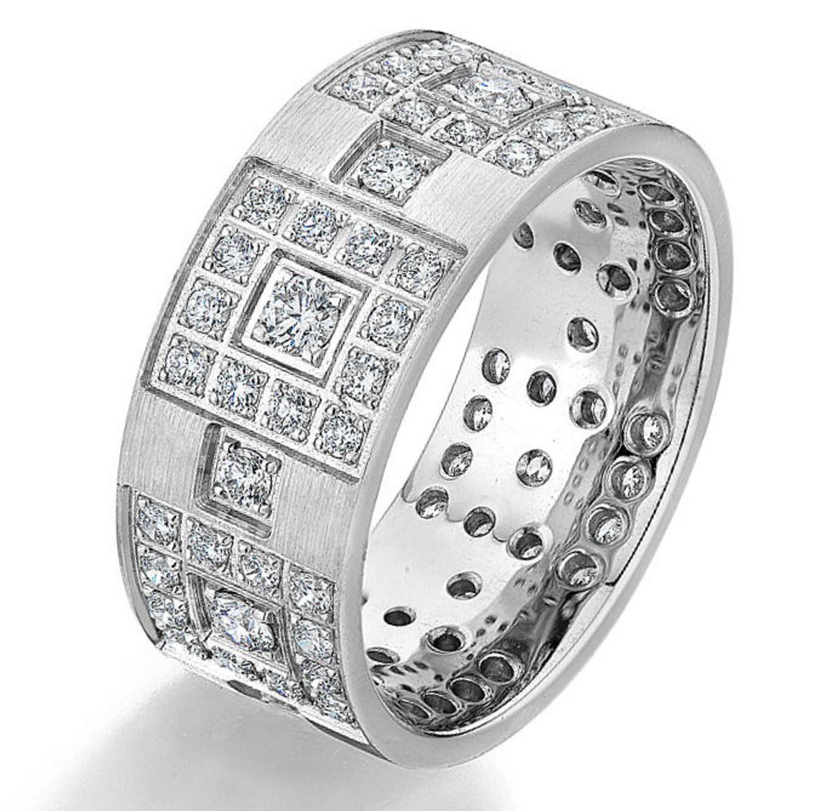 1.02 Ct Tw Diamond Wedding Band
