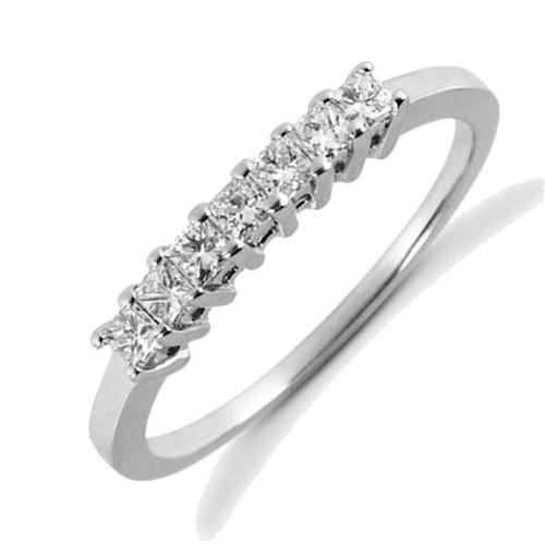 0.35 ct tw Princess Cut Diamonds