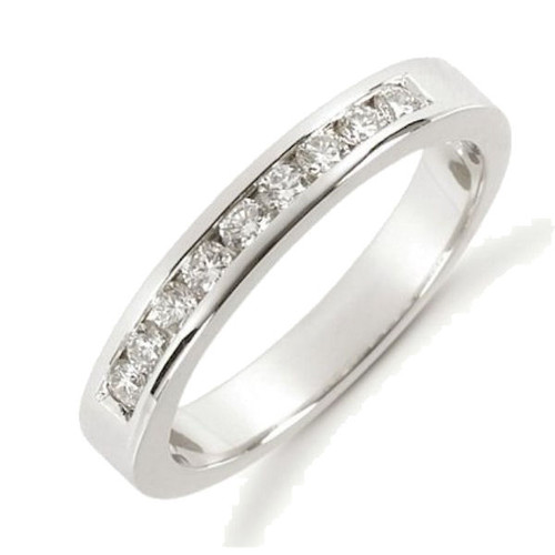 0.27 ct tw Diamond Anniversary Ring