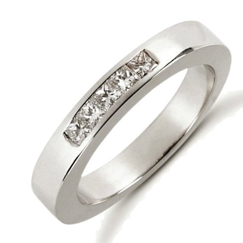 0.25 ct tw Diamond Anniversary Ring