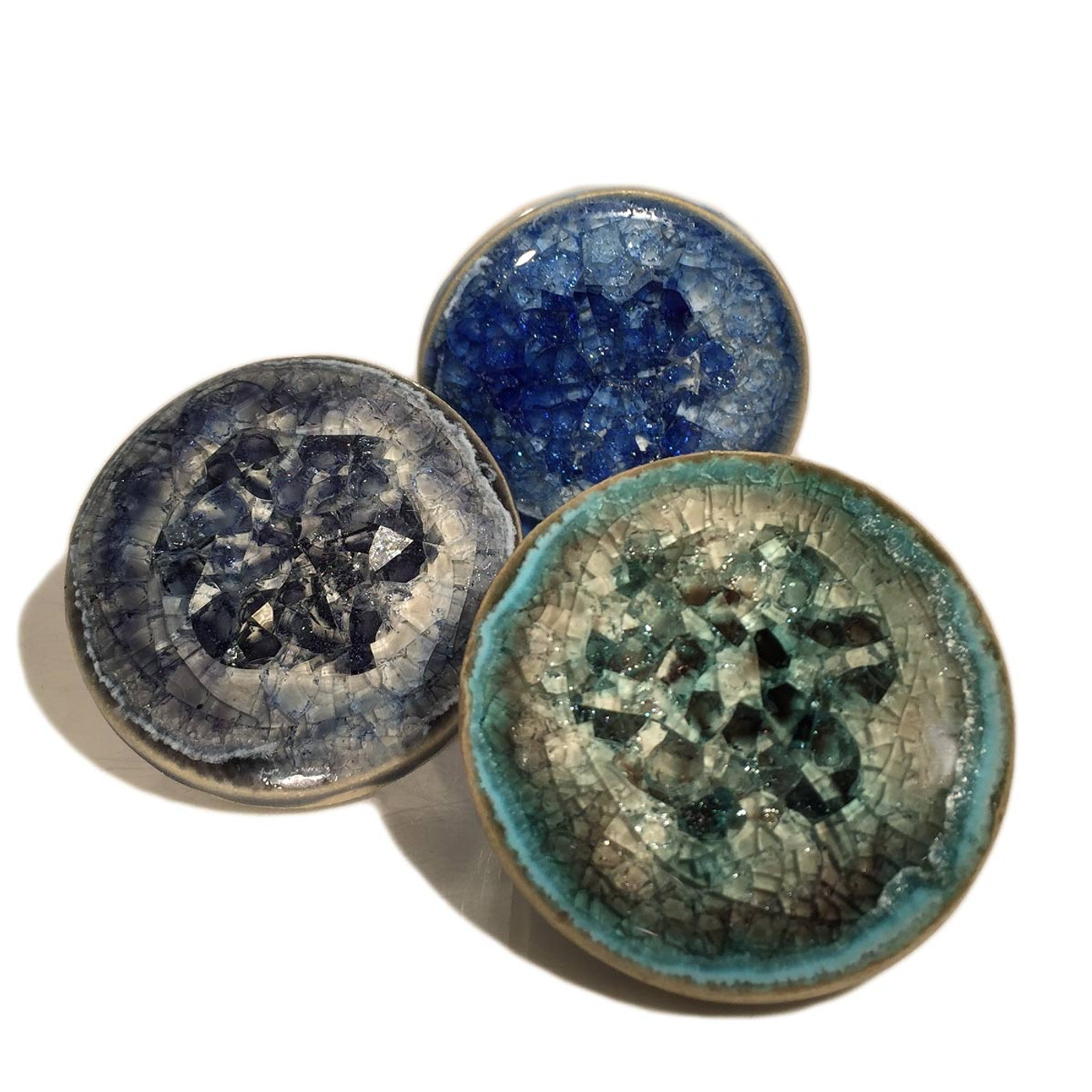glass drawer pulls