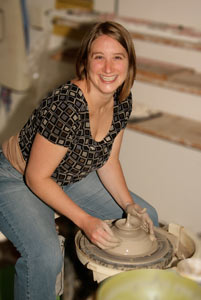 wa-pottery-artist.jpg