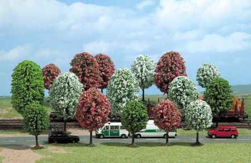 Busch HO 6484 Blooming Spring Trees (16)