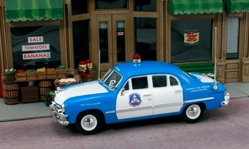 "American Heritage Models O 43-311 1950 Ford 4-Door Sedan ""Civil Defense"" (1:43)"