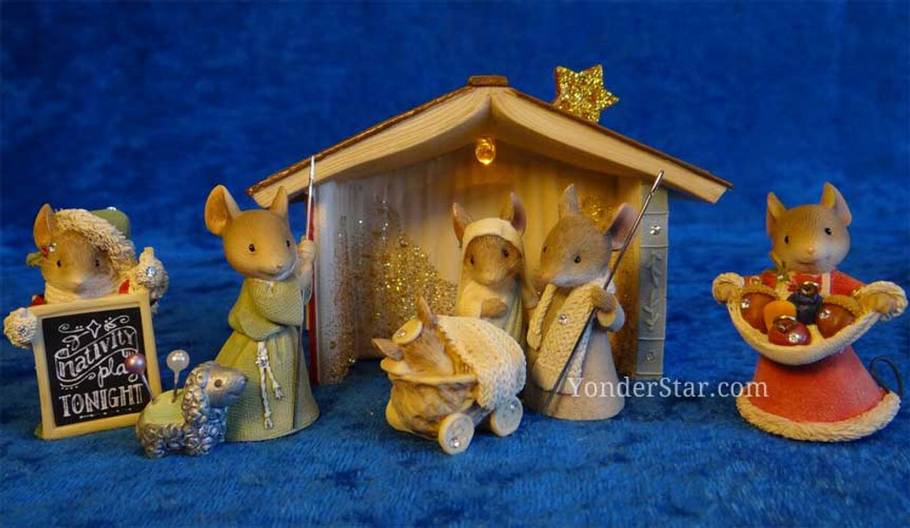 Mouse nativity scene with lighted stable nativity scene with mice workwithnaturefo