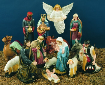Outdoor Nativity Scene With Wooden Stable Yonder Star