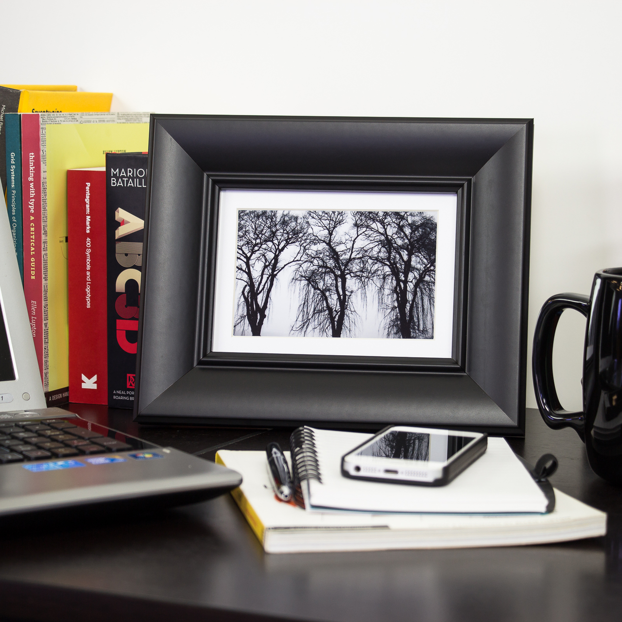Verandah 212 Table-top, Gallery Black Picture Frame