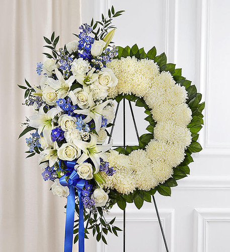 Traditional Standing Wreath - Your Way!
