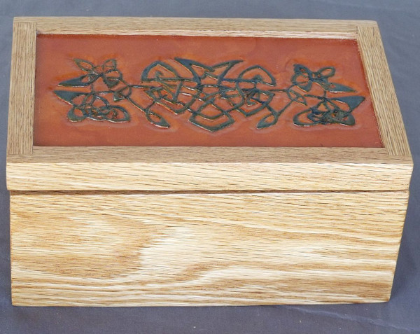 Invisible Hinge Box Oak Leather Celtic Knot1