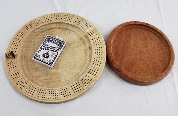 Four Player Cribbage Board Moose Mahogany and Curly Maple