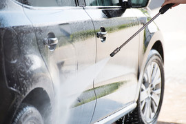 Choosing Between a Gas or Electric Pressure Washer