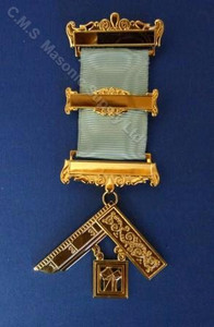 Past Master  Breast  Jewel  12  3 bar