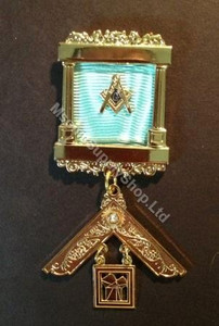 Past Master Breast  Pillar Jewel