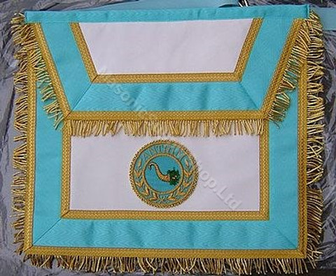 Irish Apron with  Badge