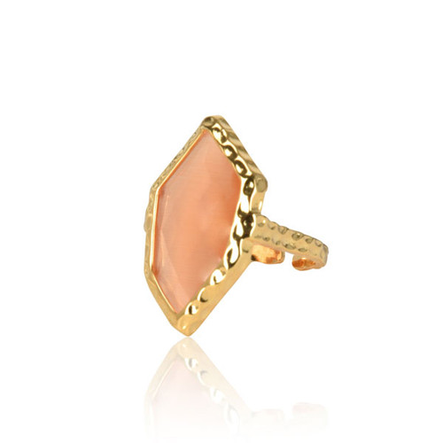 Peach Rhombus Ring