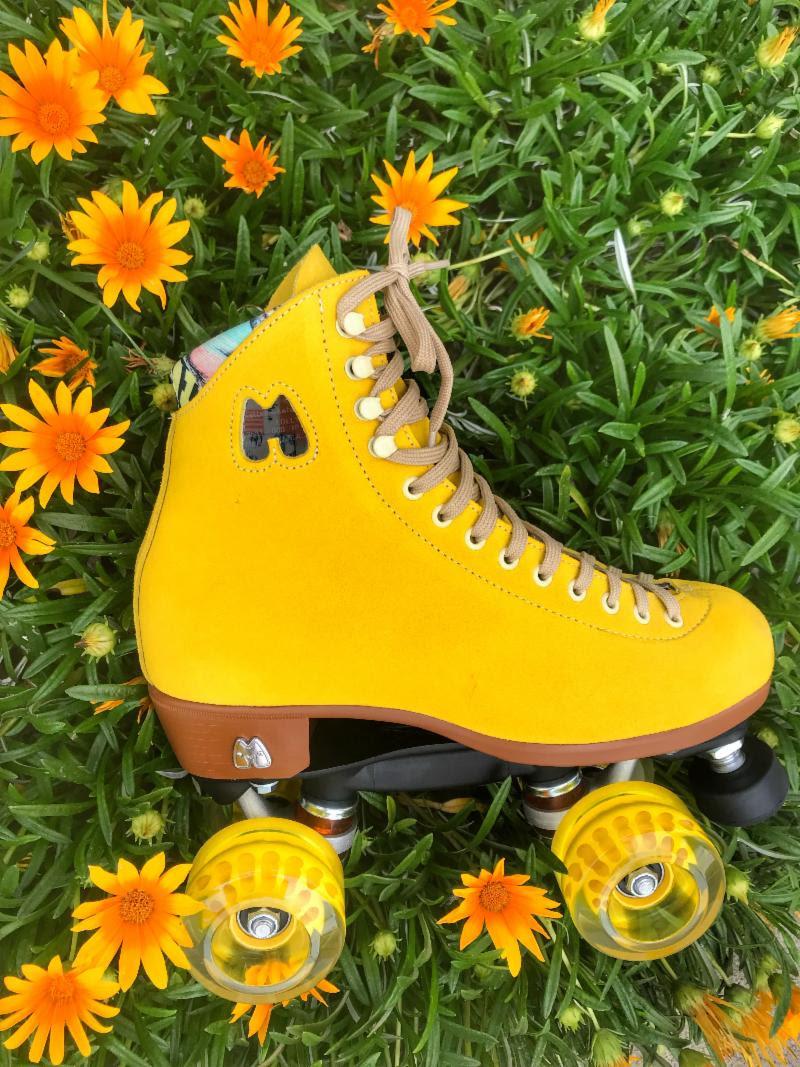 moxi-lolly-pineapple-roller-skate.png