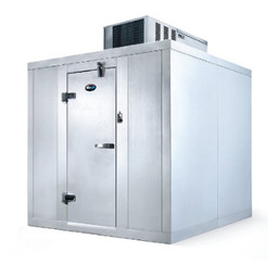 AmeriKooler Walk In Cooler (6' x 6') with floor