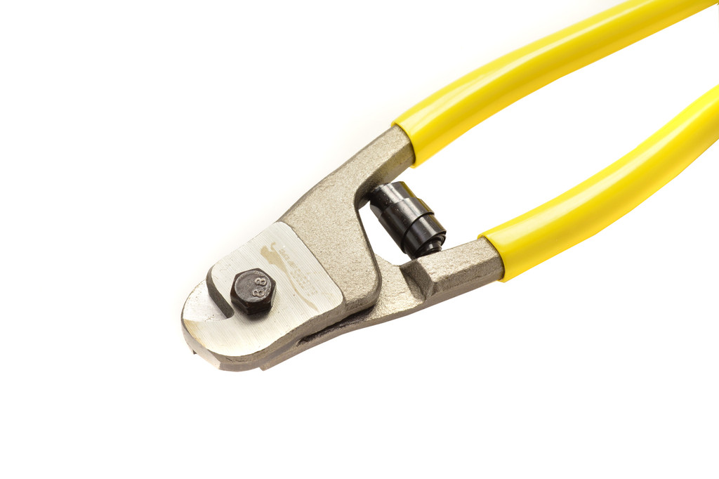 Cable Cutter for Cable Jump Ropes | BuyJumpRopes.net