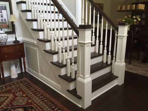 AFP-4091 White Oak, Maple, Cherry or Hickory Actual Flat Panel Box Newel 1