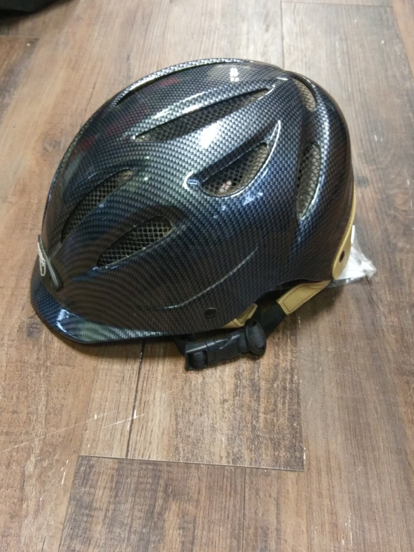 L Tipperary Helmet with Liners