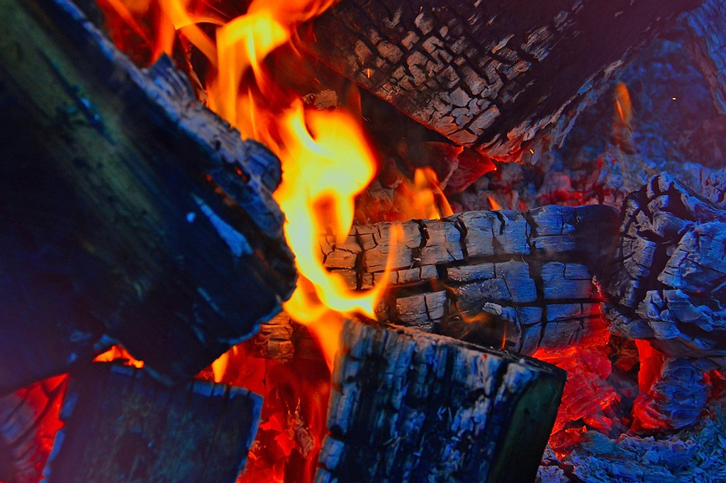 The charcoal aroma of a burnt out fire, the last cinders smoldering. This scent holds the memories of long finished campfire or a catastophe.