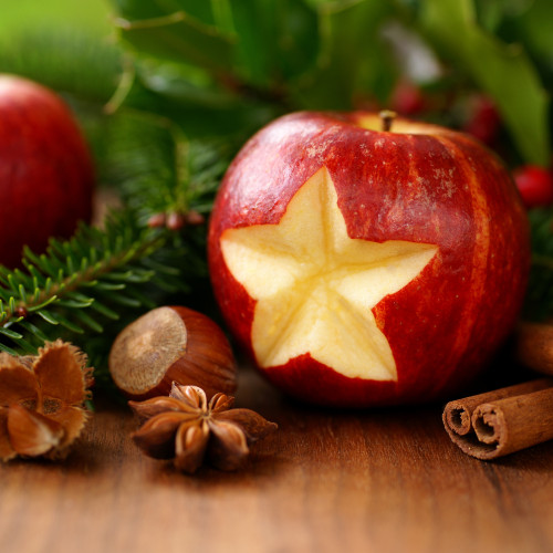 This spicy apple aroma is sweet, tempting and homely. Just like the festive period.