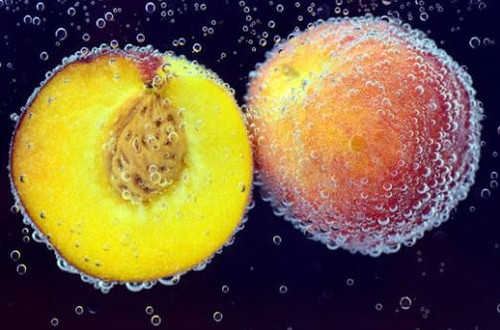 A delicious fresh aroma, use this to recreate the aroma of peaches and cream.