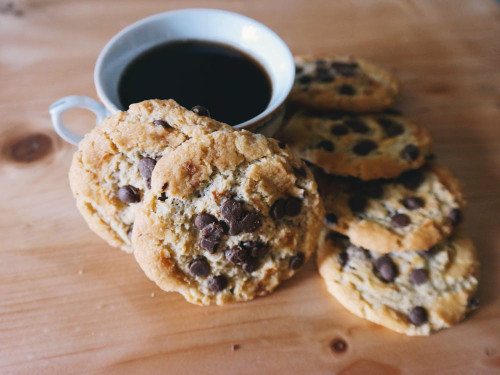 The inviting aroma of freshly baked cookies, stright out of the oven! Prompts memories of baking and cakeshops.