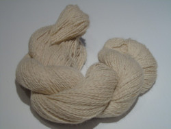 2 ply - White with a peach tinge - 100% Organic Alpaca yarn