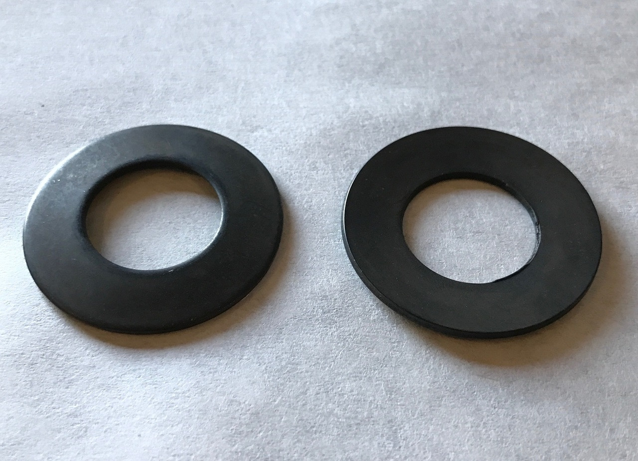 German Knife GS-12M & GS-12A - Disc Spring Washer (2) - S330229