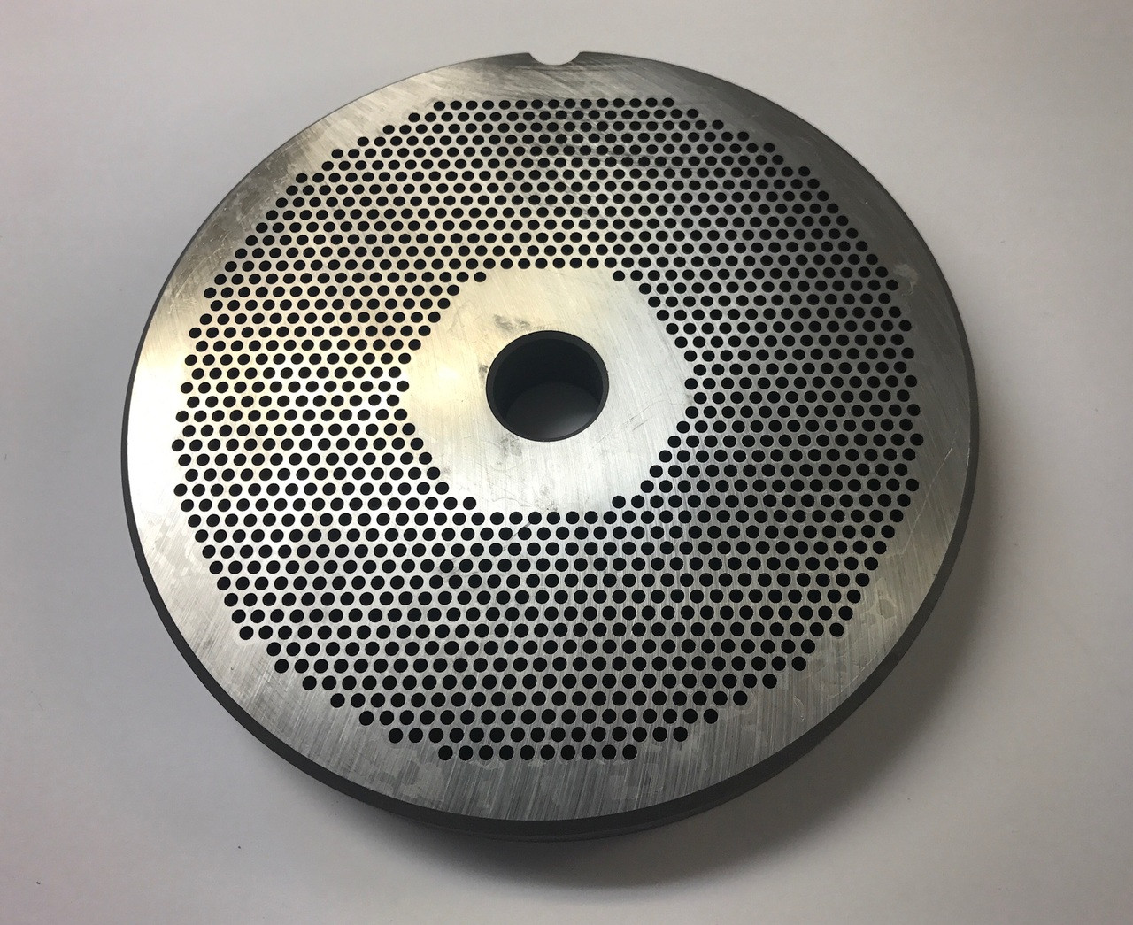 """#56 Speco Meat Grinder Plate with 3/32'' Holes - """"Reversible Plate"""""""