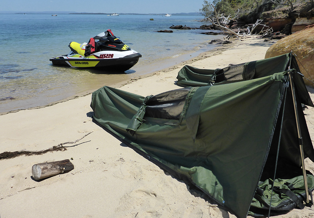 Jetski island camping with a SEASONFORT EXPANSE Backpack Bed