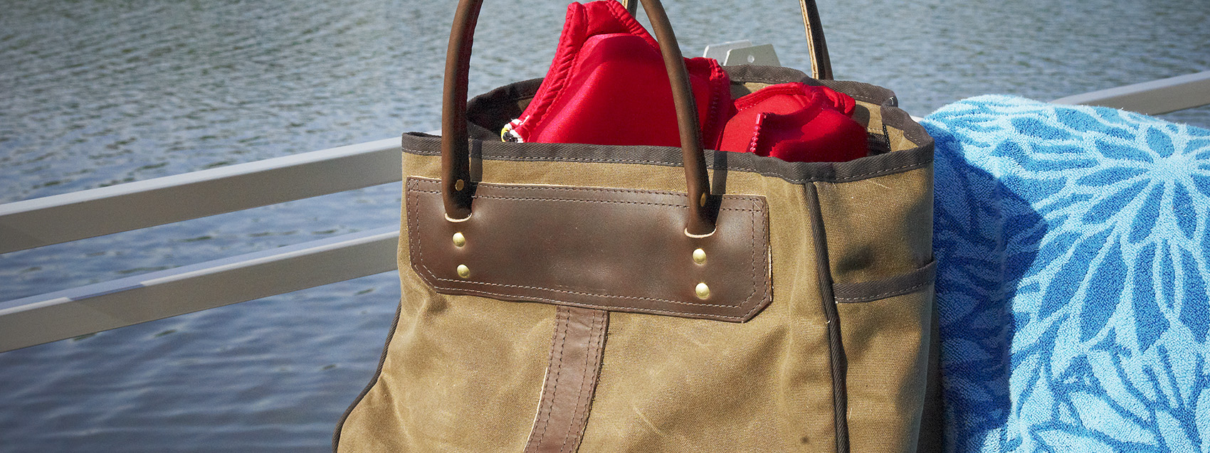 totes-banner-outdoor-102.jpg