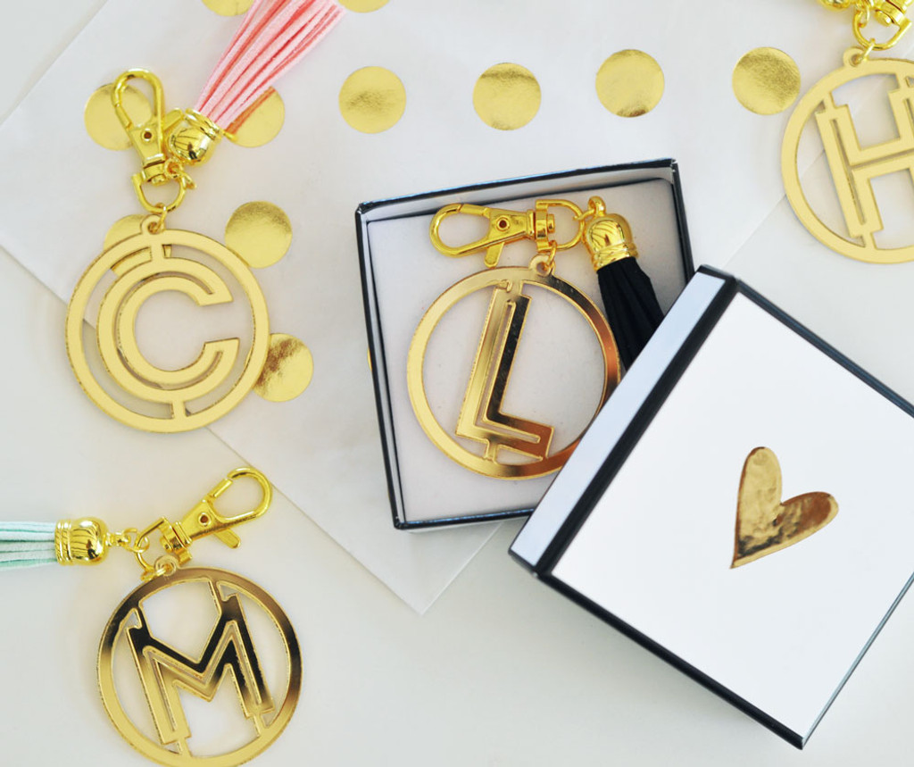 Gold Monogram Keychain - Acrylic Key Chain - Bridesmaid Gifts - Maid Of Honor Gifts 1ct