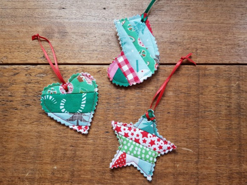 Christmas Gift Tag - FREE Christmas Party workshop!