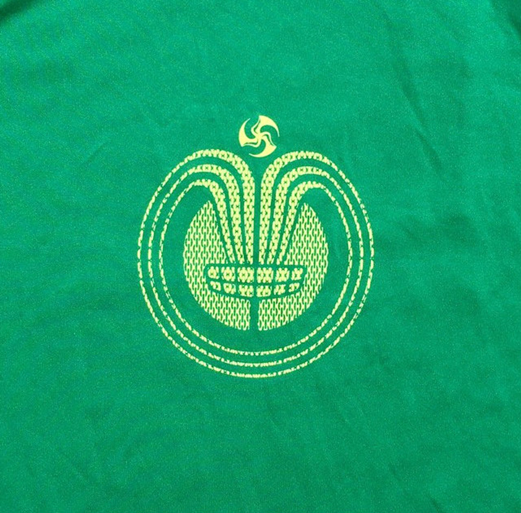 Kelly green  tee Chain Ray Logo Front