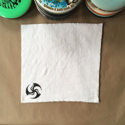 Huk Lab Microfiber Max Towel white