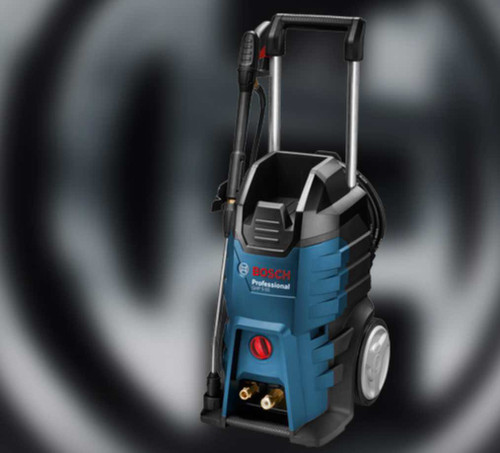 The Bosch GHP 5-65 High pressure washer and Cleaner is powerful and versatile: A compact and mobile all-rounder for daily use.