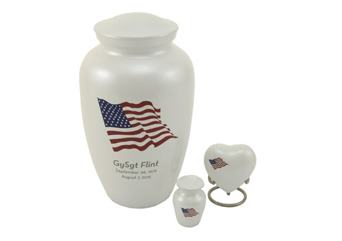 Hand Crafted Classic Classic Flag Memorial Urn