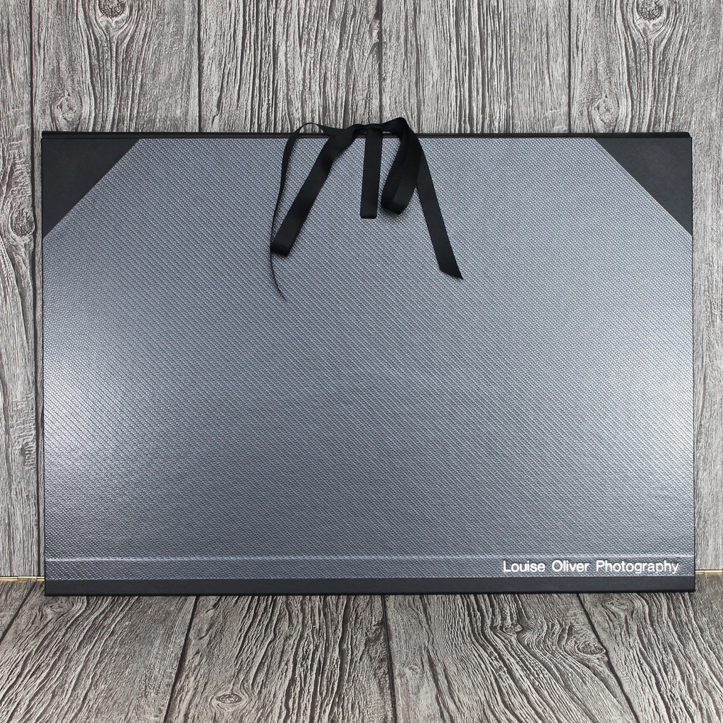 A2 Carbon Weave & Black Art Portfolio / Cachet Portfolio