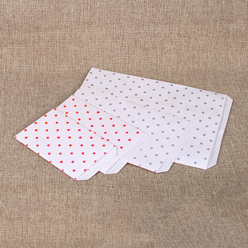 Paper gift bag ,Polka-Dot-Silver,,(Choose from various sizes),Price for 100 Pieces.