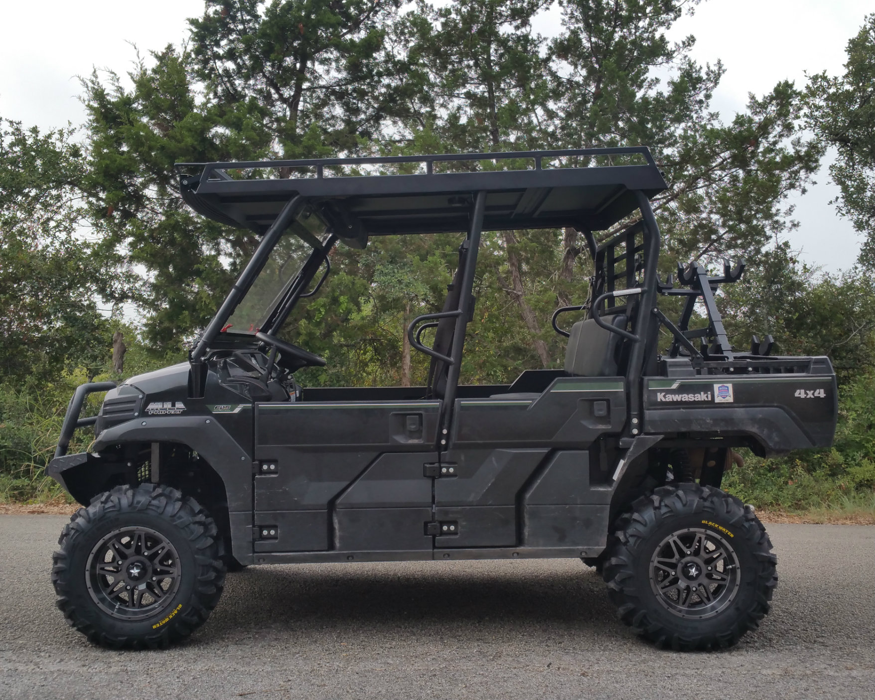kawasaki-mule-pro-metal-roof-with-windshield-compatible.jpg