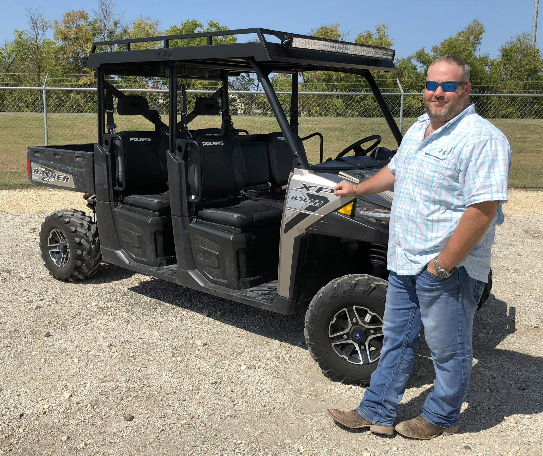 polaris-ranger-1000-crew-roof-metal-top-with-lights-and-sound-bar.jpg