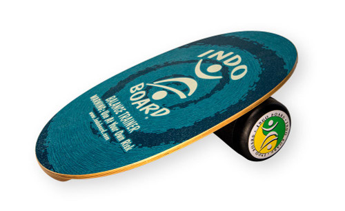 The INDO Balance BOARD Original Blue deck design with roller