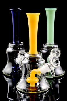 Small Stemless Glass Water Pipe with Stemline Showerhead Perc - WP1497