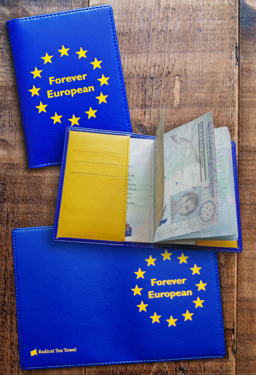 Pro-Europe passport cover